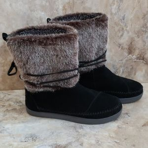Toms • Nepal Suede Boot